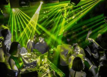 espinosa-art-photo_nightclub-lasers